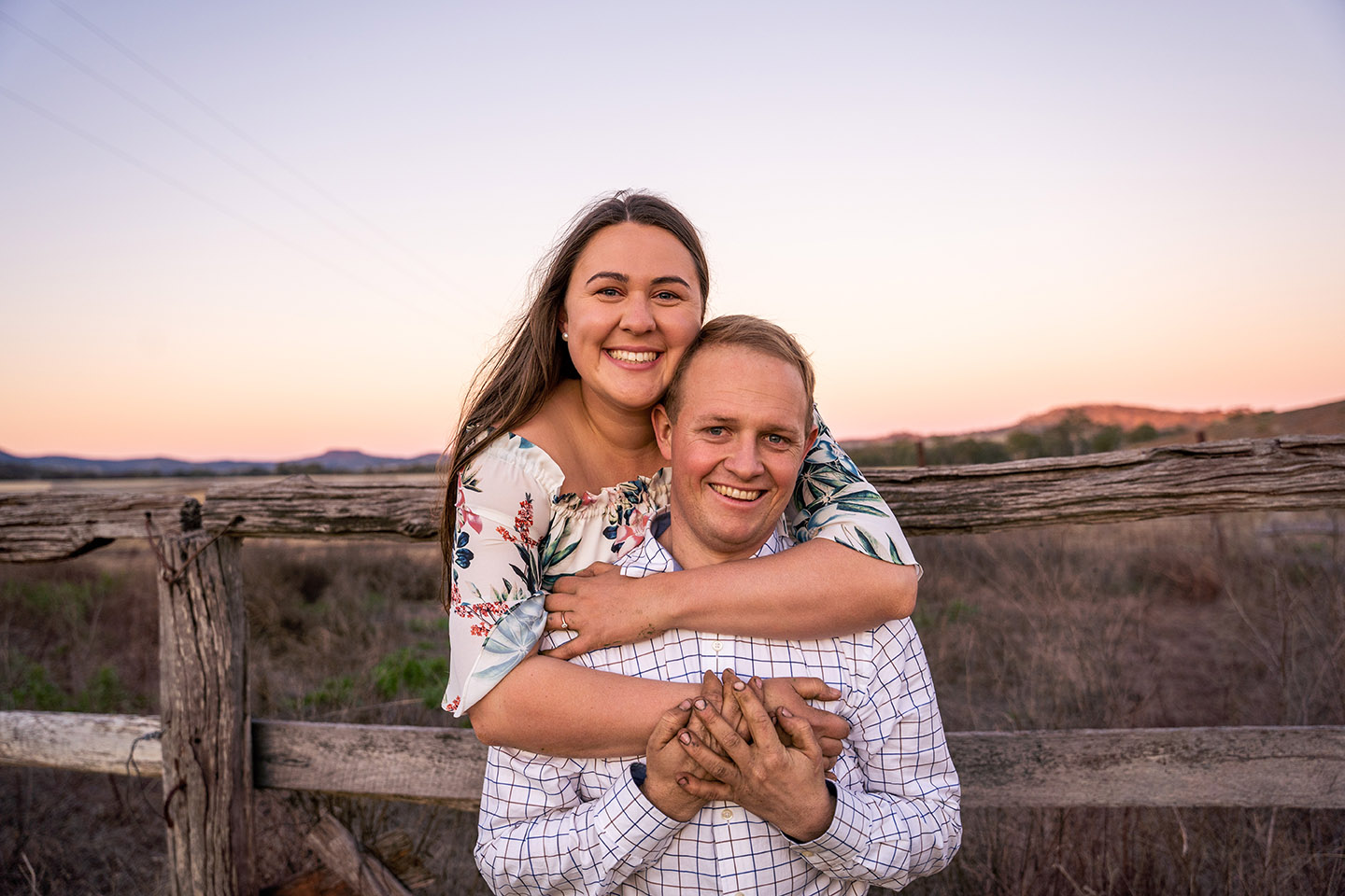 Engagement Photography - couple hugging