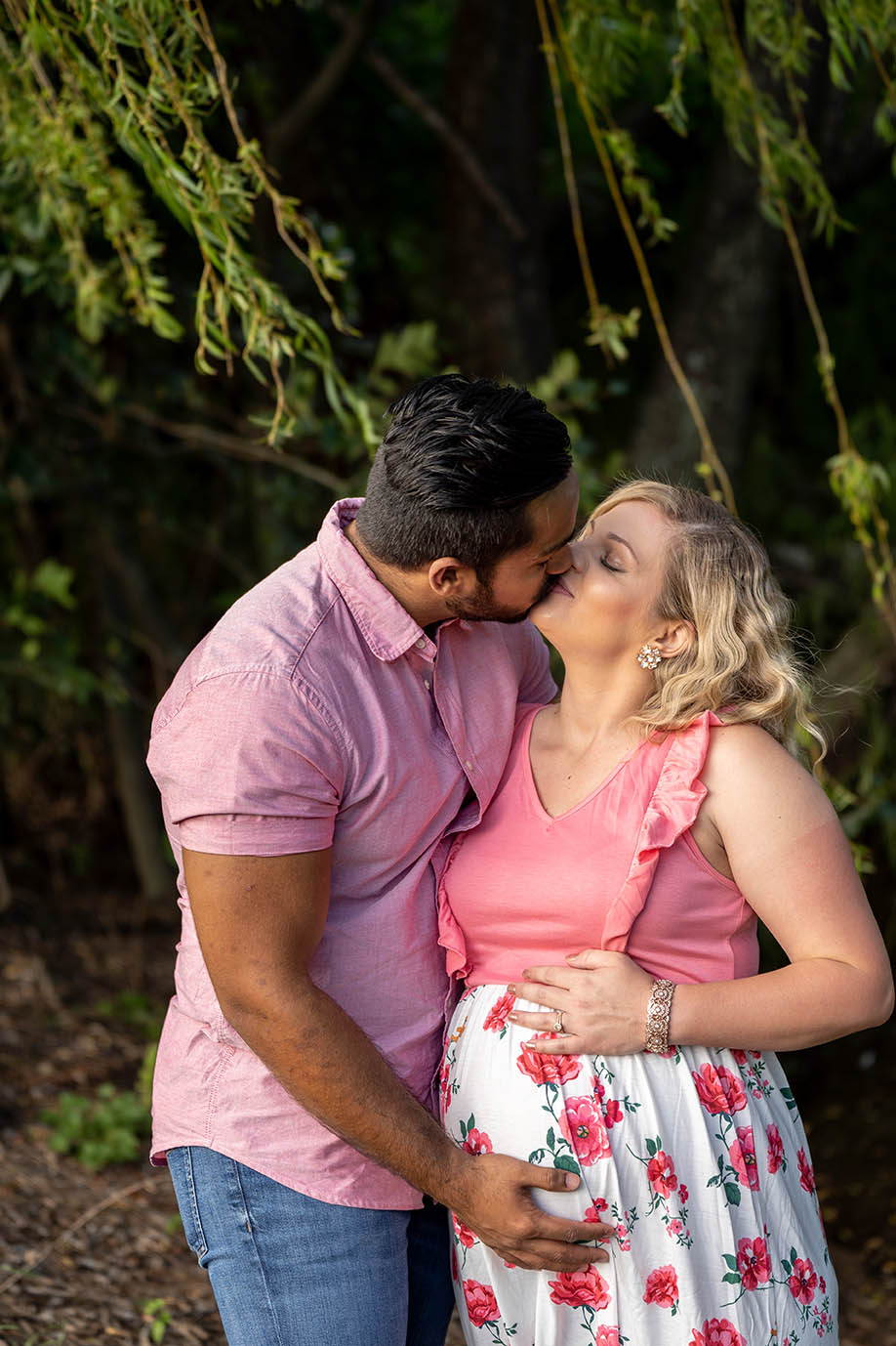 Maternity Photography - Husband and wife