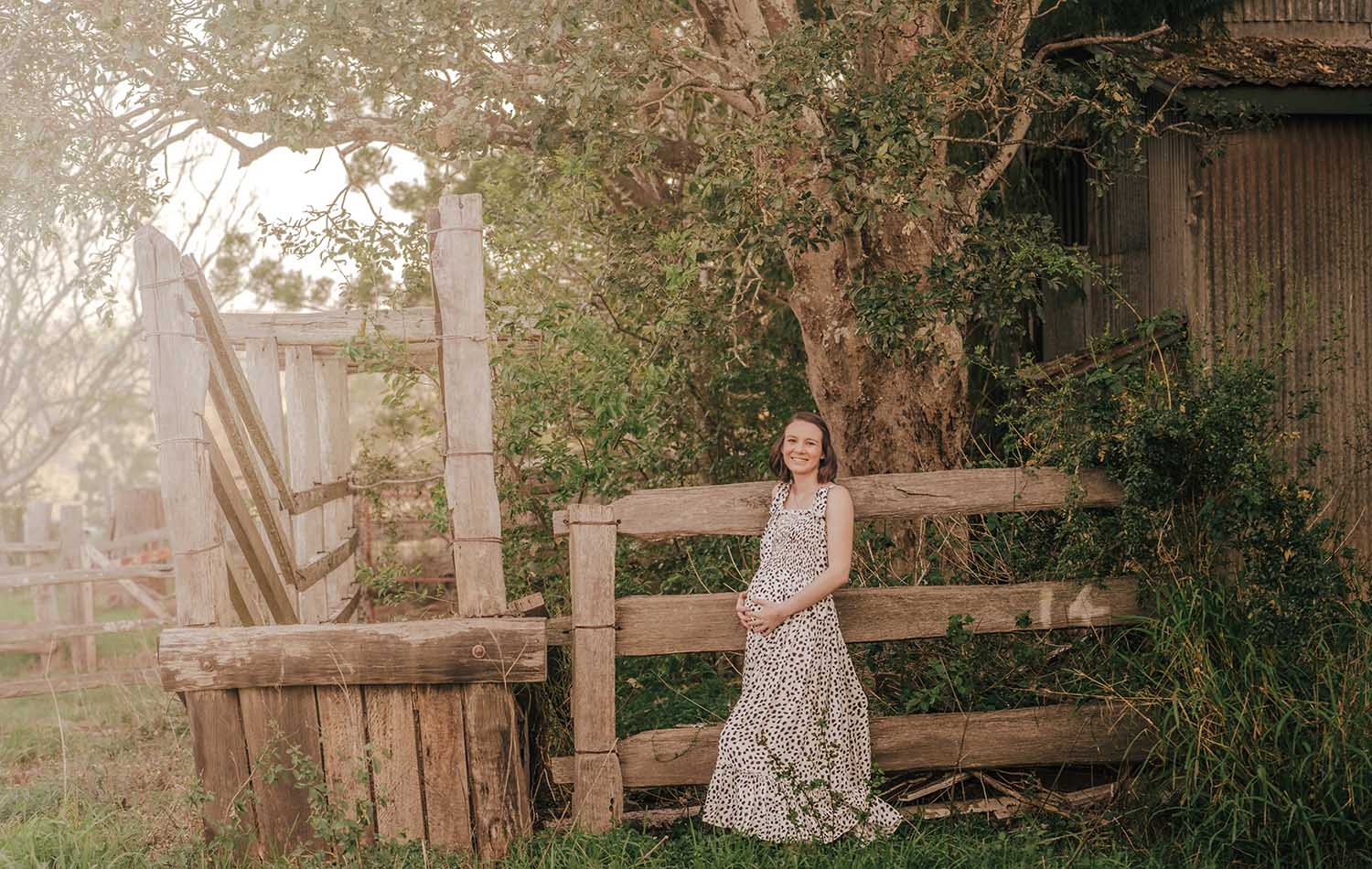 Maternity Photography - Rustic
