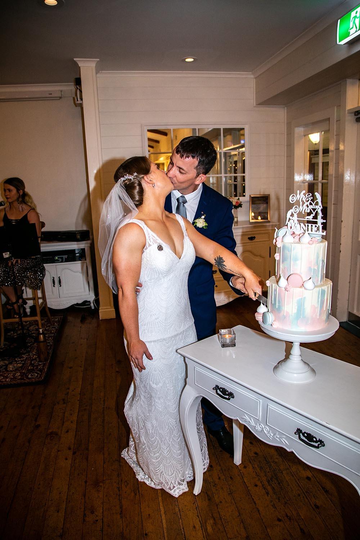 Wedding Photography - Cutting cake