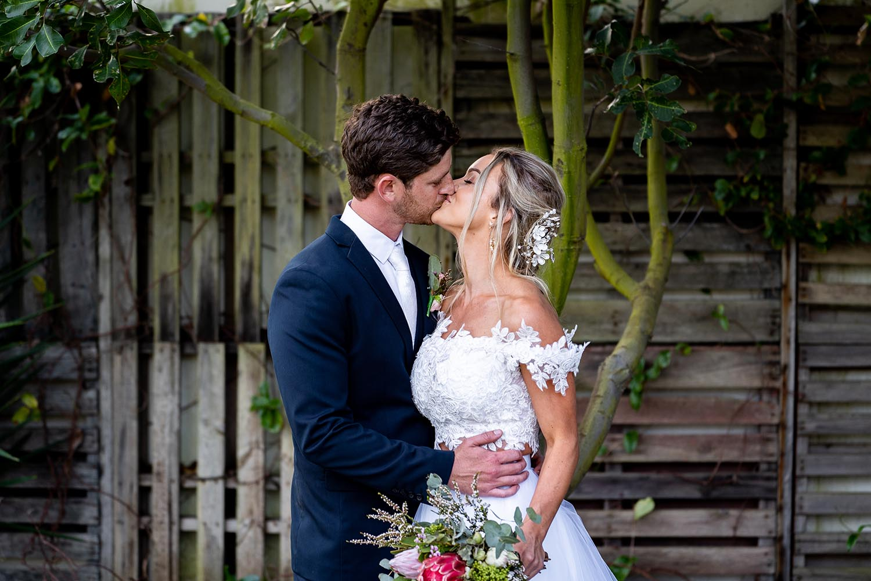 Wedding Photography - Kissing