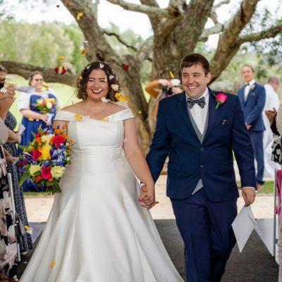 Wedding Photography - more confetti