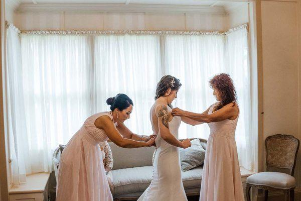 Wedding Photography - Bride Getting Ready