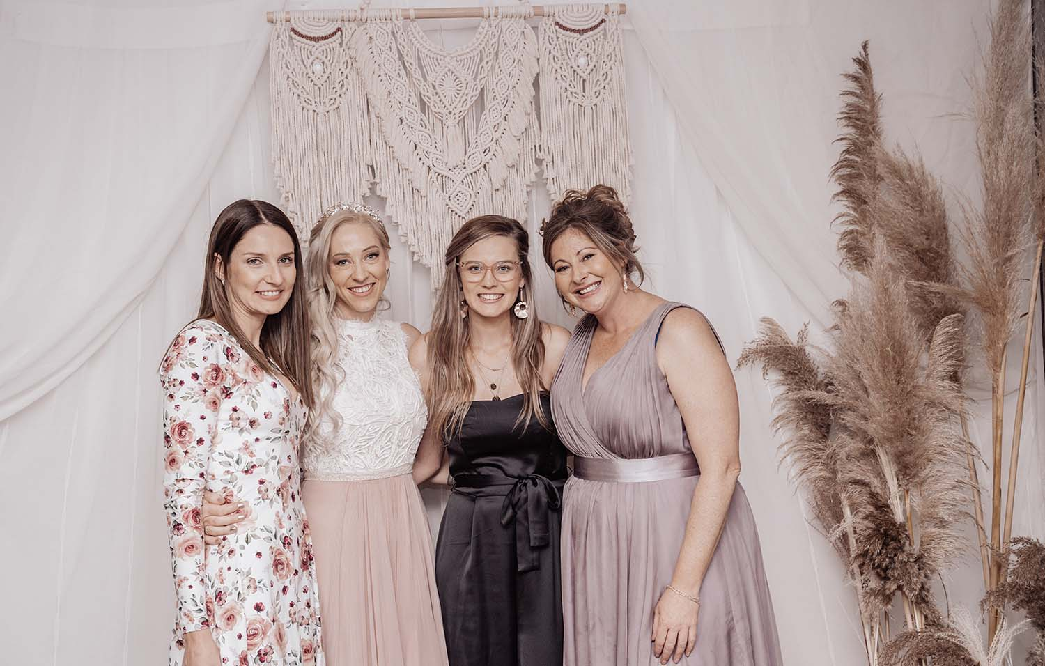 Wedding Photography - bride and friends