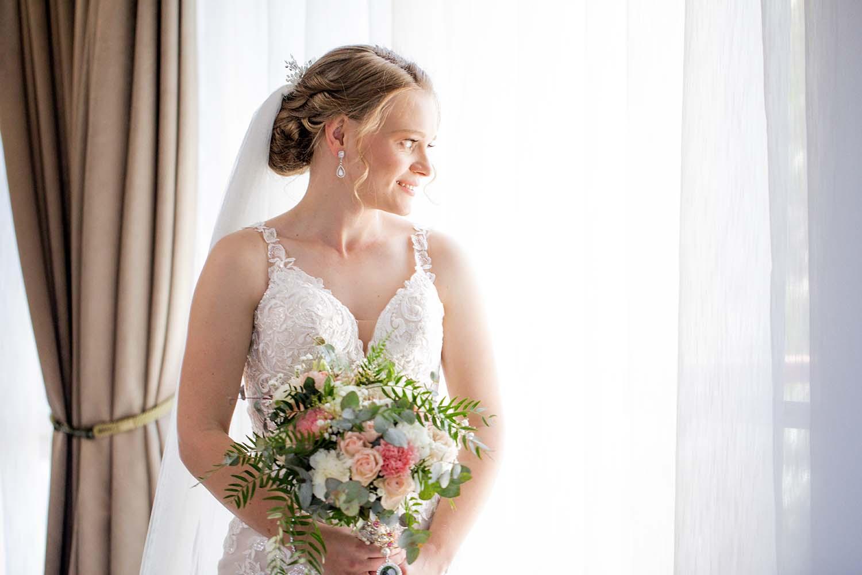 Wedding Photography - stunning bride